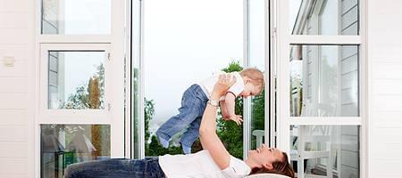 Sécurité pour votre maison avec des fenêtres d'aluplast