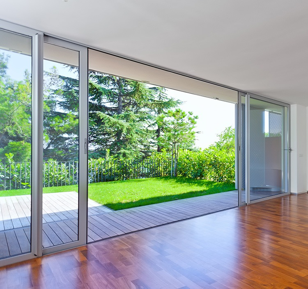 baie coulissante 4 vantaux. Black Bedroom Furniture Sets. Home Design Ideas