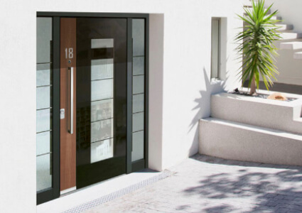 porte d 39 entr e vitr e sur mesure prix pas cher. Black Bedroom Furniture Sets. Home Design Ideas