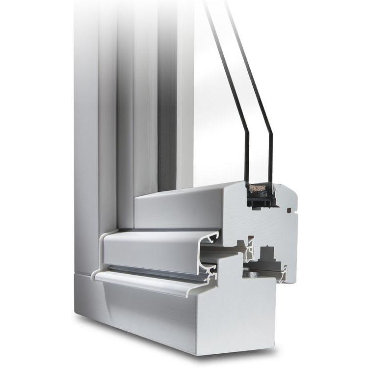 Section transversale d'une Fenêtre en Bois CLASSIC® blanche avec protection anti-pluie en blanc
