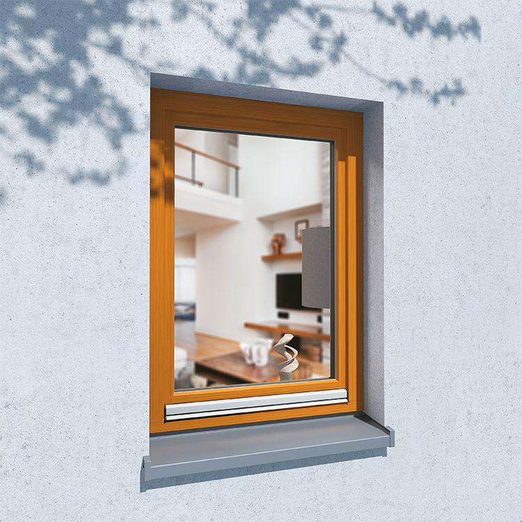 Fenêtre en Bois au Profilé CLASSIC vue de l'extérieur (avec protection anti-pluie)