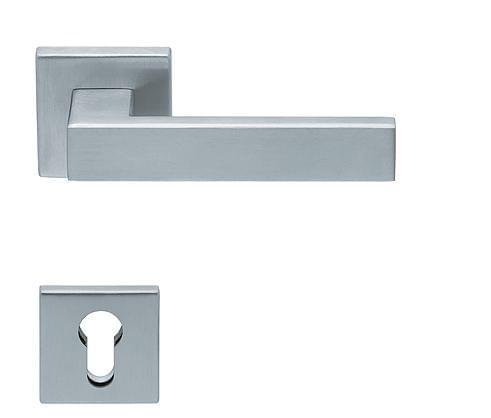 Acheter en ligne une g chette int rieure pour les portes bois for Acheter une porte en bois