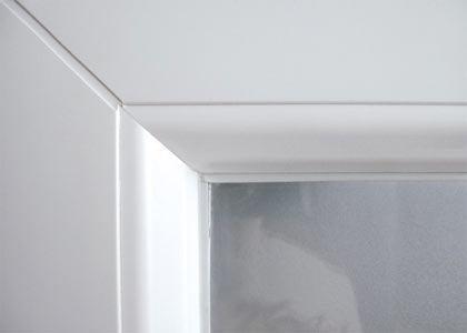 Les designs disponibles d'une porte d'entrée en aluminium
