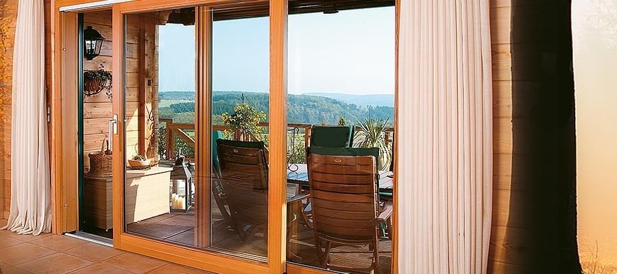 Porte fen tre bois 3 vantaux acc s la terrasse au balcon for Fenetre bois coulissante