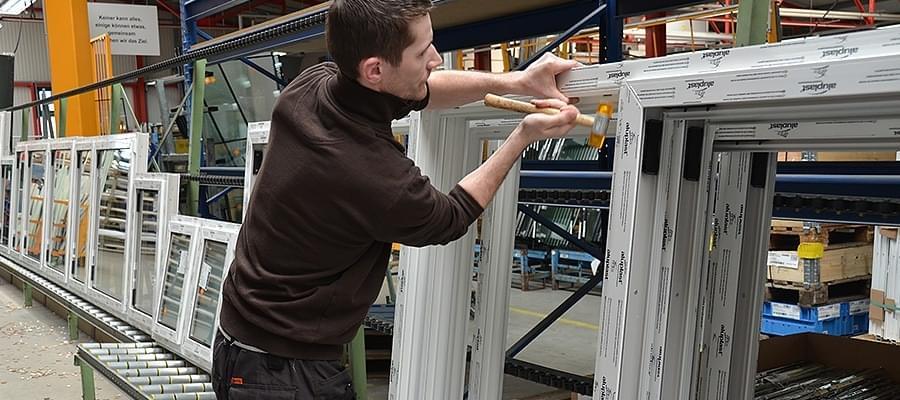 Fabricant menuiserie pvc en france fenetre24 for Fabricant porte fenetre