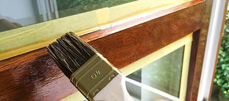 Vieille fen tre en bois en ligne pour pas ch r for Moisissure fenetre bois