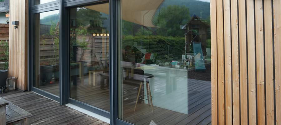 Porte ext rieure d 39 entr e de maison officielle for Porte exterieure bois vitree
