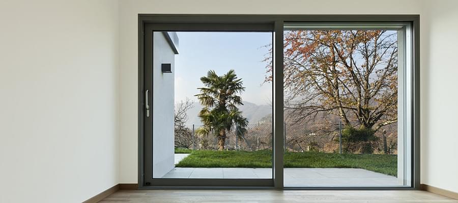 Porte Fenêtre à Galandage Pratiques Et Confortables
