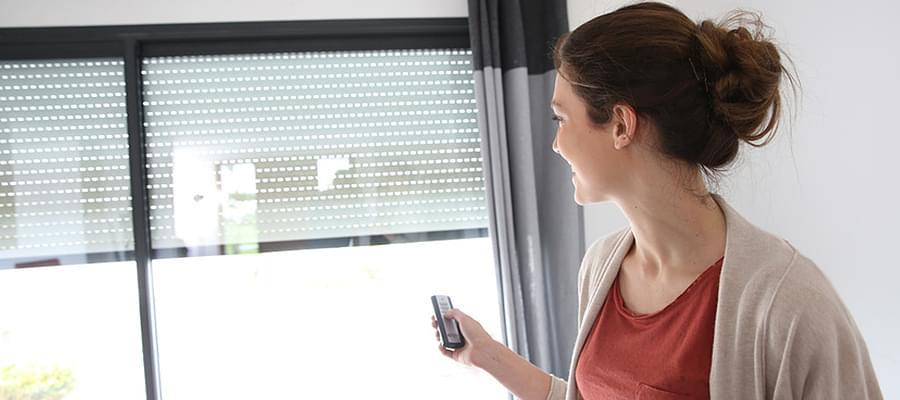 porte fenêtre avec volet roulant pour un plus de sécurité