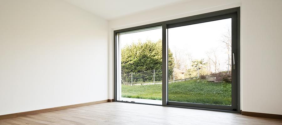 porte fen tre alu sur mesure et de grande qualit. Black Bedroom Furniture Sets. Home Design Ideas