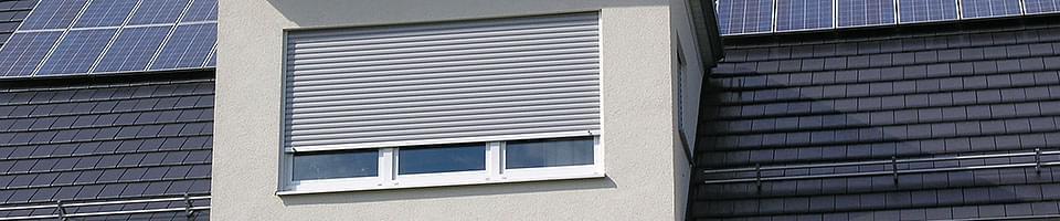 Volet roulant pour fenêtre en PVC à trois vantaux